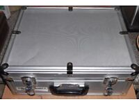 VARIOUS ALUMINIUM CABLE/PEDAL/EQUIPMENT CASES. GOOD USED CONDITION. SELL INDIVIDUALLY OR AS ONE LOT