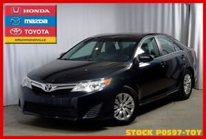 2014 Toyota Camry LE !! Camera de recul !! Bluetooth