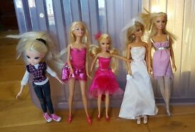 4 Barbie Dolls, 1 Cinderella Doll, 1 Bratz, Bath & Dressing Set, Hair Studio & Accessories