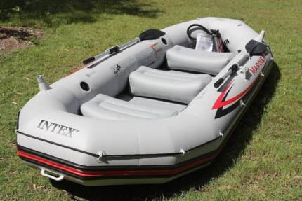 Intex Mariner 4 Inflatable Boat Dinghy