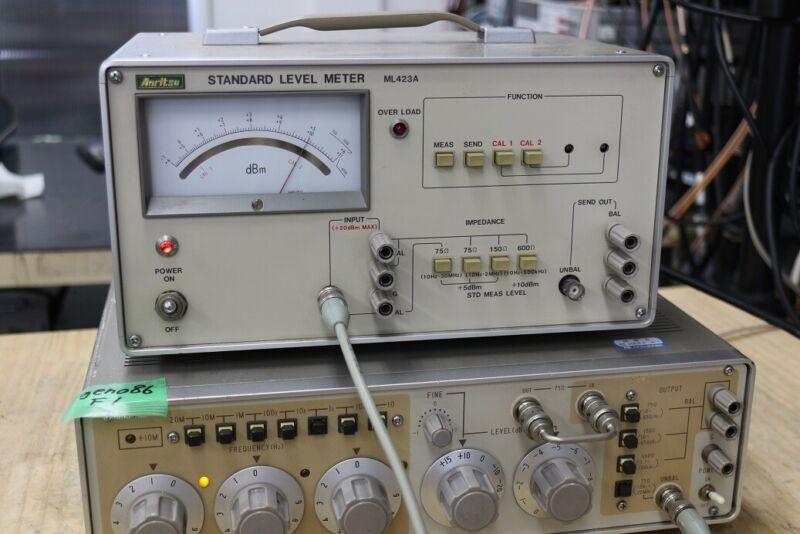 ANRITSU ML-423A Standard Level Meter