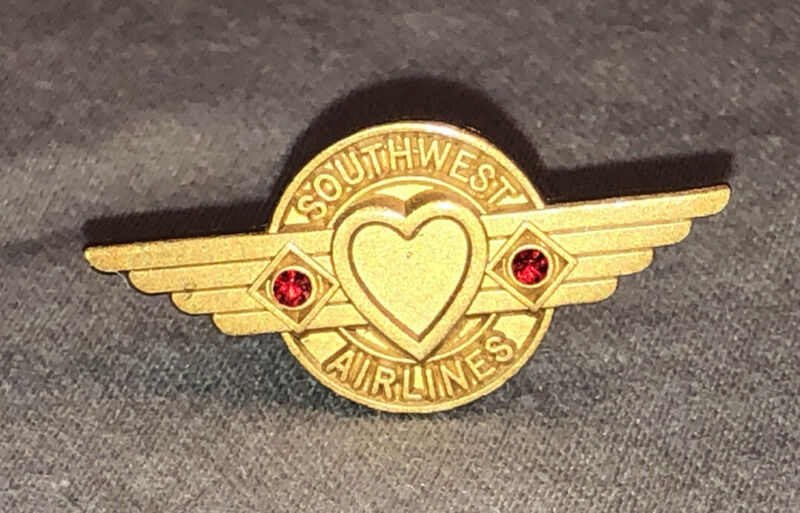 Southwest Airlines  15 year Service  pin tie tack metal