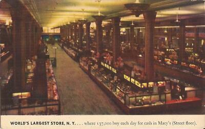 NEW YORK CITY -  Macy Department Store - Street Floor © (Macys Store New York)