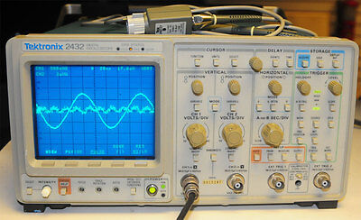 Tektronix 2432 Digital Storage Oscilloscope 300mhz