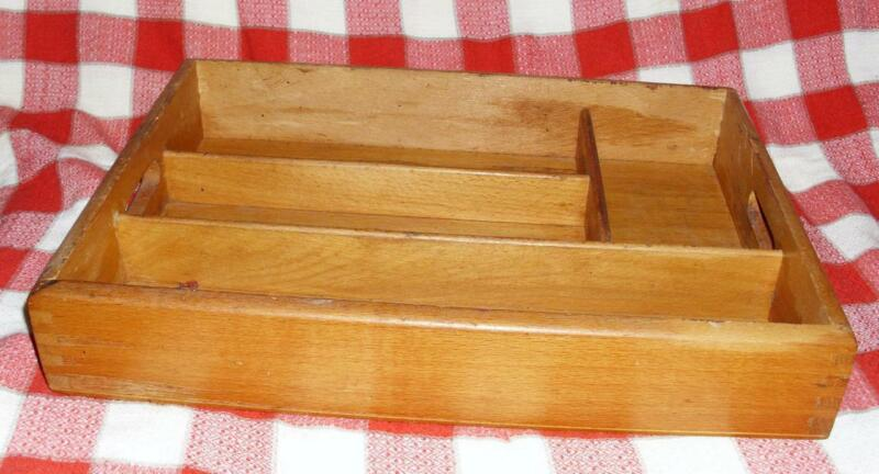 PRIMITIVE WOODEN COUNTRY FARM KITCHEN DIVIDED SILVERWARE DRAWER TRAY WOOD BOX
