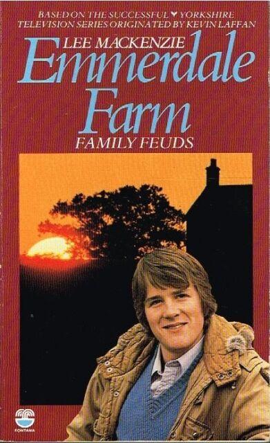 USED BOOK Family Feuds (Emmerdale Farm Book 19) - Lee Mackenzie