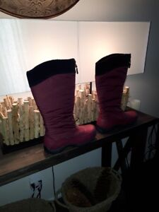 WOMEN'S BAFFIN WINTER BOOTS BRAND NEW - QUICK MOVING SALE