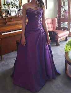 Beautiful purple grad dress