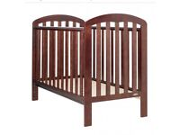 O baby walnut lily cot with mattress