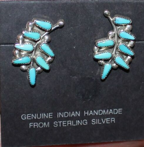 VINTAGE ZUNI HANDMADE TURQUOISE NEEDLEPOINT STERLING SILVER EARRINGS