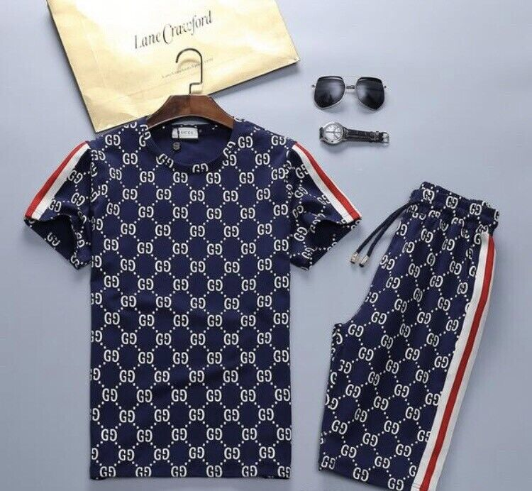 e11297b03 Gucci Top T-Shirt and Shorts Tracksuit Set All Sizes   in Tower ...
