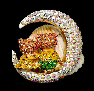 Lovable Crescent MOON Hugging BEARS Rhinestone Retro Vintage Brooch Yellow Green