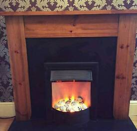 Complete fire place with electric fire can deliver 07808222995