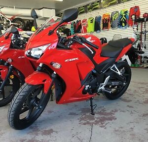 2015 HONDA CBR300! NEED GONE!