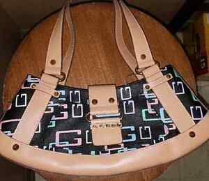 Gorgeous Guess purse! Brand new!