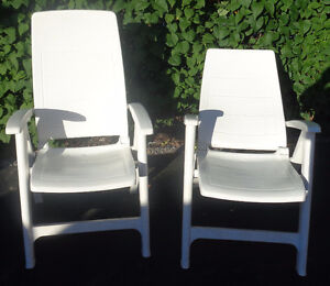PM123 Patio Creations White Reclining Chairs Pair
