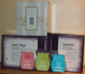 3 New in Box Christmas Scentsy Warmers & Wax - Good for gifts!