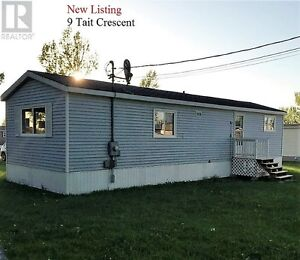 New Listing  9 Tait Crescent   MLS Number  M105514