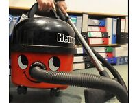 Mr. Henry Vacuum Cleaner