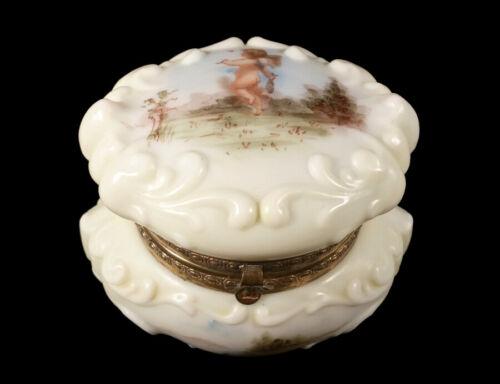 ANTIQUE WAVE CREST WAVECREST ART GLASS HINGED BOX JAR CHERUB PUTTI DECORATION