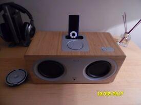 iPod & Speaker Dock