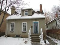 *** IDEAL 3-BDRM SEMI- BUNGALOW WITH IN-LAW SUITE IN GARNEAU ***