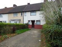 Three bedroom unfurnished mid terraced house off Wragby Road