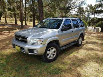 nissan pathfinder 4x4 skyline v8 turbo supercharged