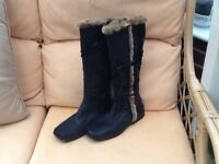 Ladies Wallis boots vgc worn once size 6