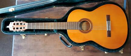 Vintage 1990s Yamaha CG111S Classical Acoustic Guitar Hard Case
