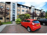 EXCELLENT 2 BEDROOM FURNISHED FLAT IN POPULAR AREA WITH RESIDENTS PARKING