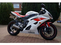 Yamaha R6 2009 White / Red. FSH 1Yr. MOT Very Low 8,500 Miles. One previous Owner. Mint!