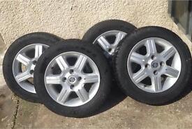 4 x Suzuki 13 inch alloys with tyres 4 stud