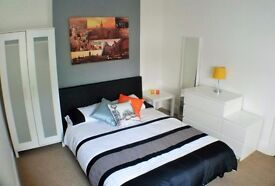 Large Modern Double Room inc all Bills, easy access to M27 (will consider 3+ month contracts)