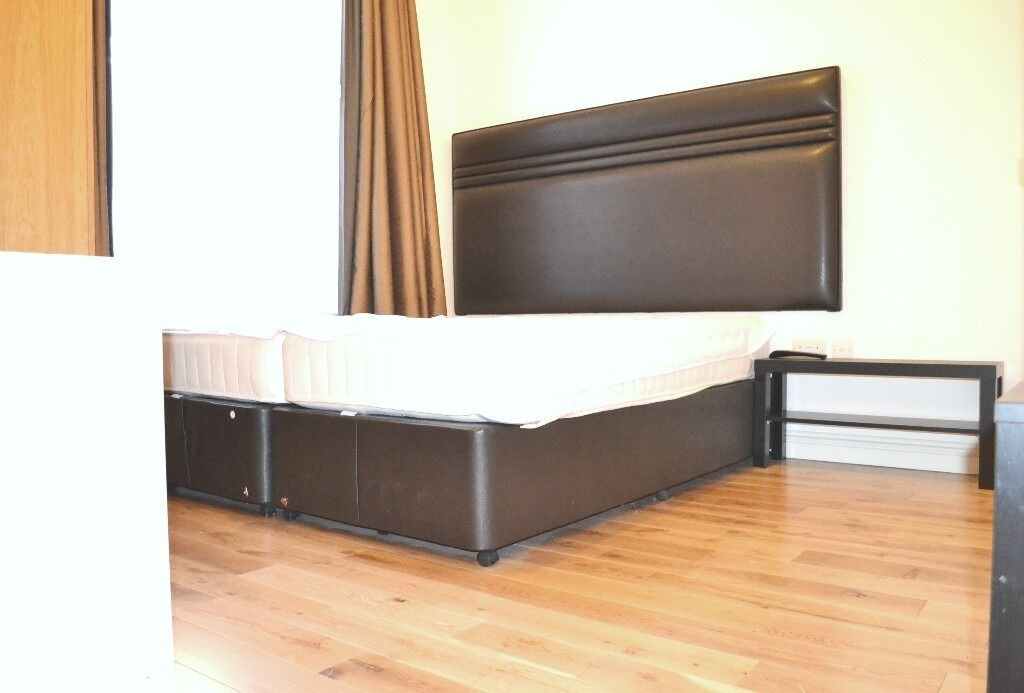 Amazing!!Double Studio flat for rent in High Street Kensington, few bills included.