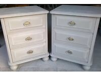 BEAUTIFUL, SHABBY CHIC, 3 DRAWER BEDSIDE CHEST