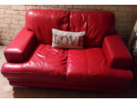 BEAUTIFUL DFS RED REAL LEATHER SOFA NICE QUALITY LEATHER ULTIMATE COMFORT VIEWING WELCOME