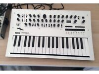 Korg Minilogue - Great condition with box