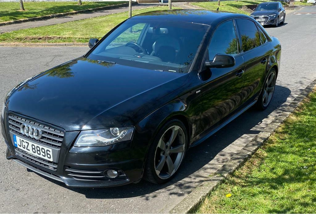 2010 Audi A4 2.0 tdi s-line black edition styling (start stop) (not vw golf bmw gti gtd Mercedes)