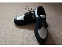 Brand new ladies golf shoes