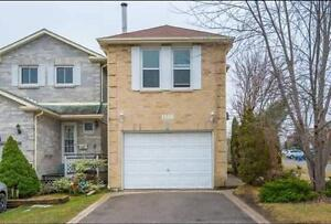 Large 4 bed 3.5 bath  detached full house - Pickering