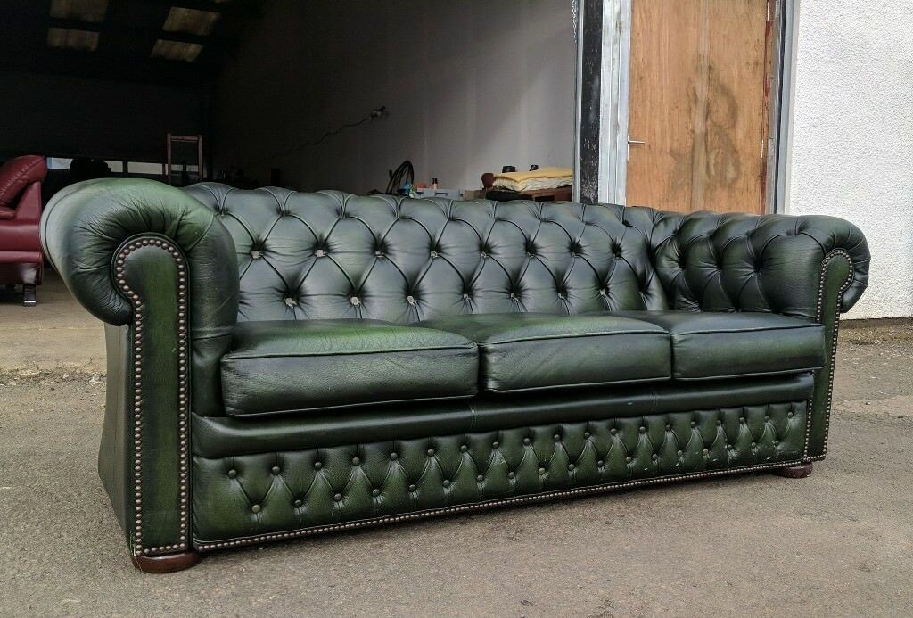 Antique Green Chesterfield Sofa|couch|settee DELIVERY AVAILABLE