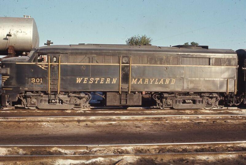 WM WESTERN MARYLAND Railroad Train HAGERSTOWN MD Original 1970 Photo Slide
