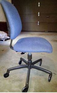 Rolling Chair ,in good condition