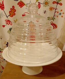 Vintage style Porcelain cake stand with domed glass lid