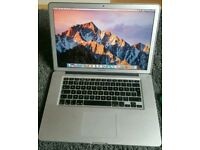 Macbook pro 15 Core i7 2.66 4gb 128gb SSD Sierra
