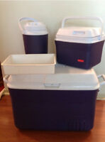 BRAND NEW RUBBERMAID COOLER