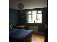 Lovely room to rent in Loughton