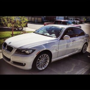 2010 BMW 328i xdrive! Low kms and great condition!