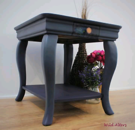 Side table/hall table/bedside table